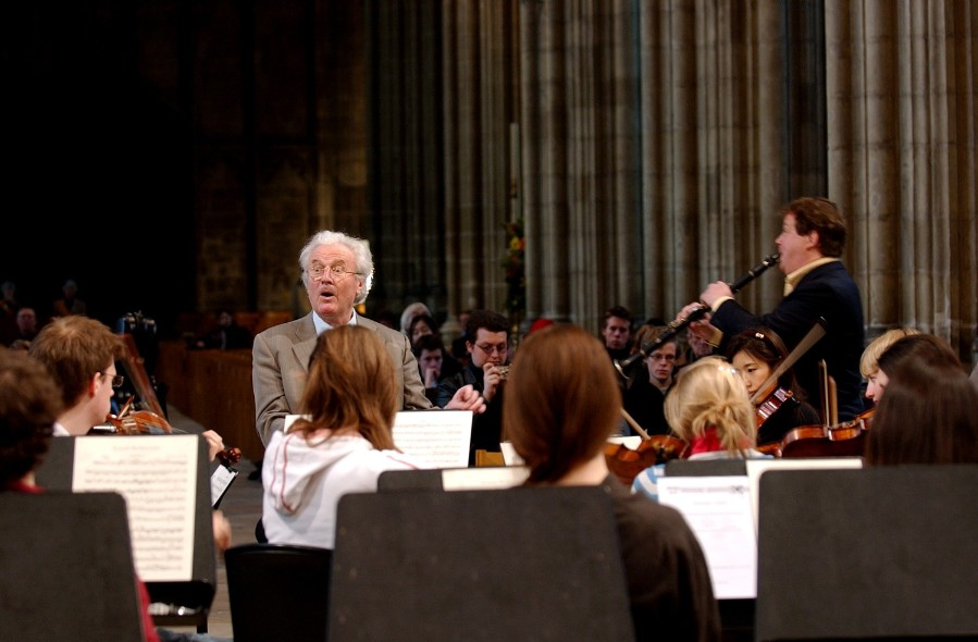 <h2 class='nomargin'>Mozart Concerto with Sir Colin Davis</h2>